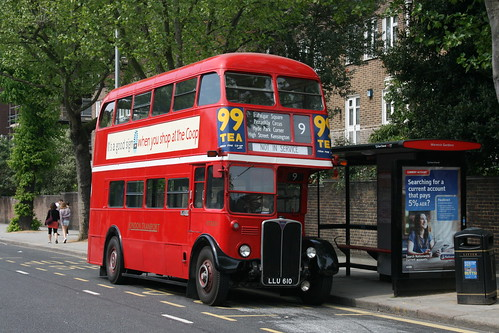 Ensignbus RT3251 on Route 9H, Kensington (9H/15H Running Day)