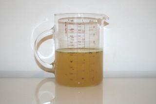 09 - Zutat Hühnerbrühe / Ingredient chicken stock