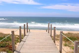 Image of Praia do Aterro. summer sol praia beach verão aterro passadiço