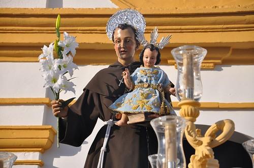 AionSur 14429726125_5dc356af7c_d Calor, emoción y mucho público en la procesión de San Antonio Cultura Semana Santa San Antonio 2014