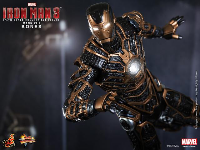 Hot Toys - Iron Man 3 - Bones (Mark XLI) Collectible Figure_PR8
