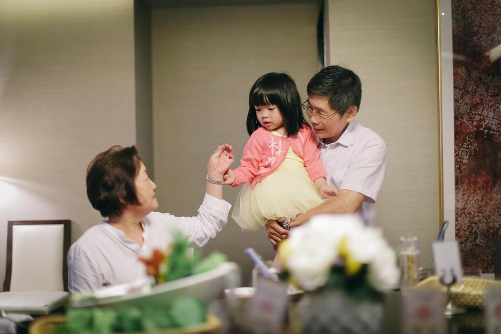 20140607-2014 Mom in law's bday061