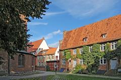Stralsund - Sankt-Nikolai-Kirche (11) - Innenhof - Nebengebäude