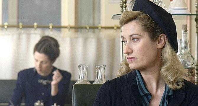Emmanuelle Devos annoyingly pines for Sandrine Kiberlain in VIOLETTE.