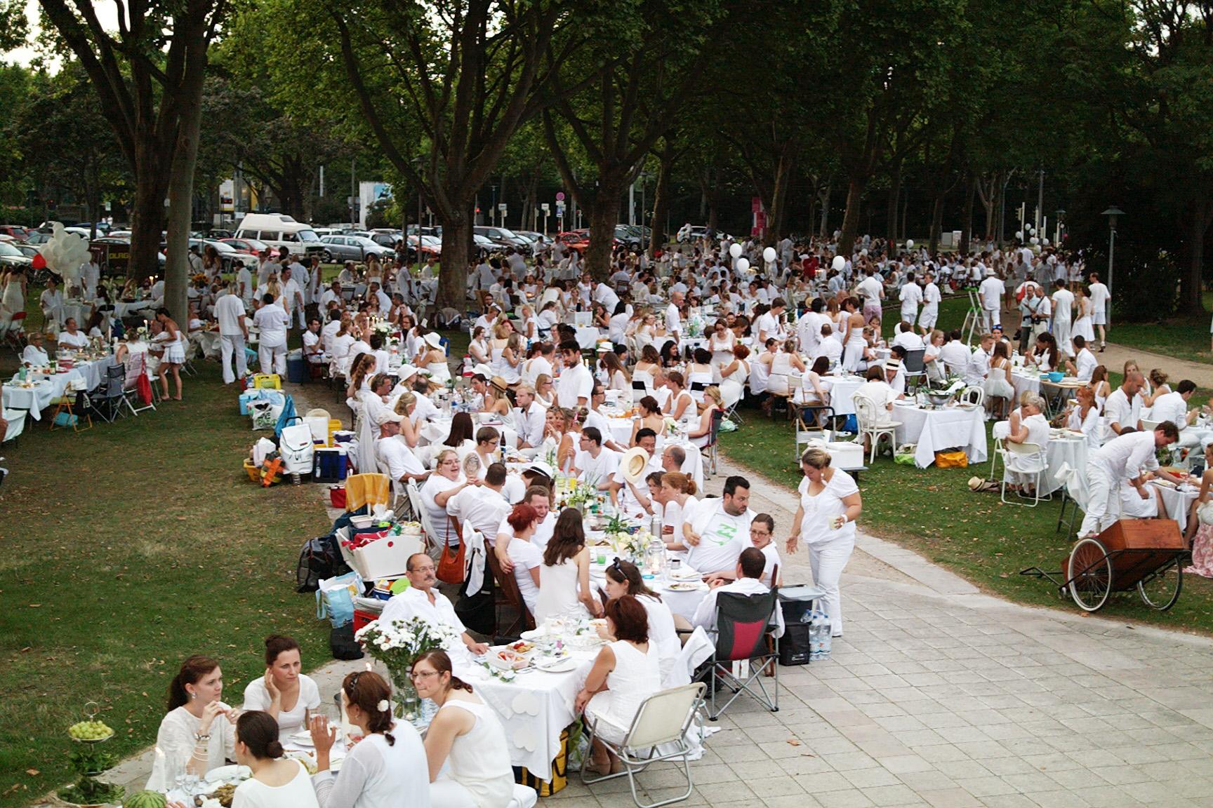 2014-07-19_Diner-en-blanc_11