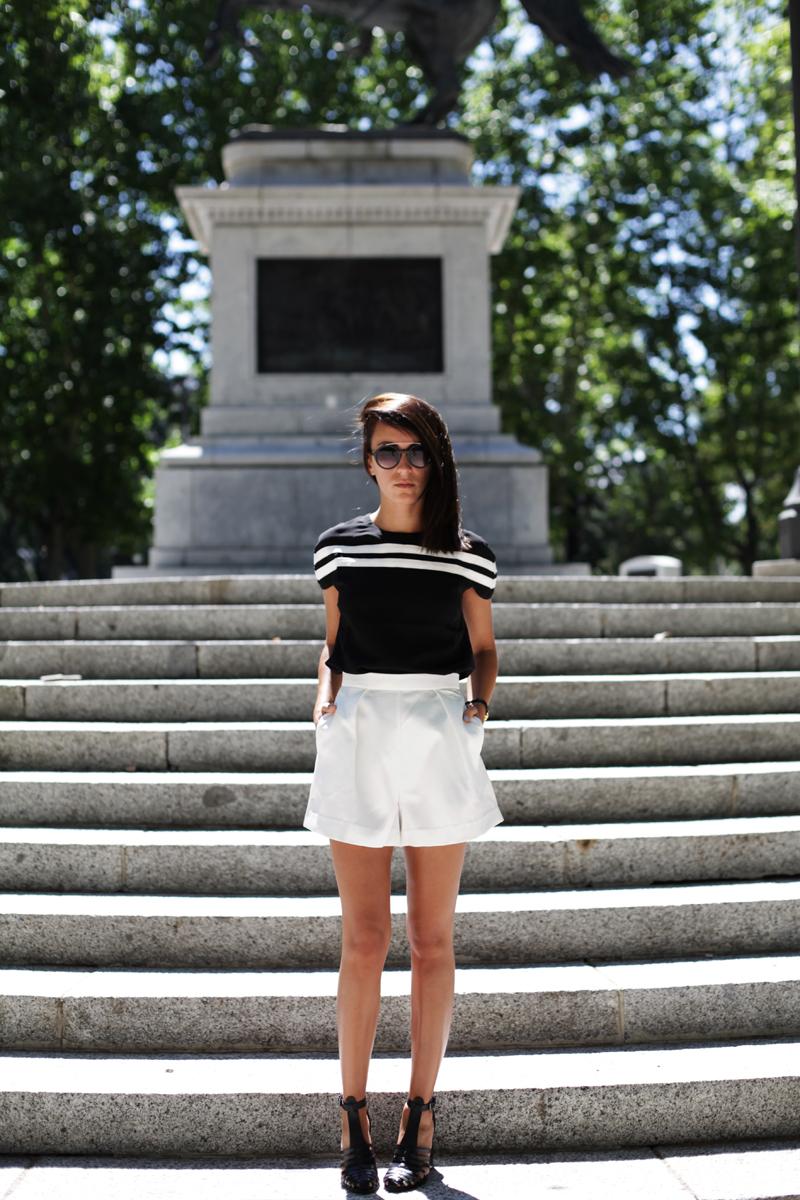 white-shorts-009
