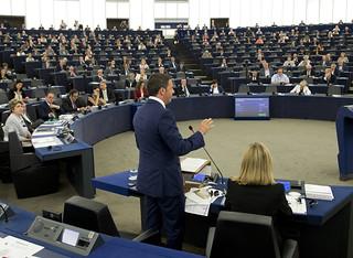 Semestre italiano di Presidenza UE, Renzi presenta programma