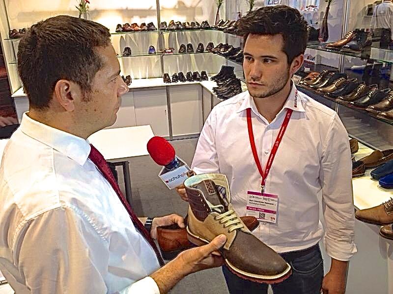 outlet store 438a3 c57fd schuhplus.com - Schuhe in Übergrößen - am Stand von Manz F ...