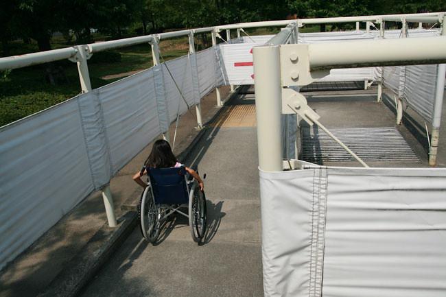 車椅子で行く迷路