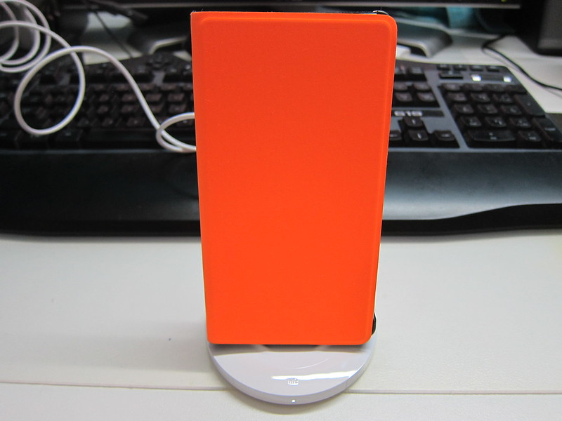 Nokia Wireless Charging Stand (DT-910) - Stand With Lumia 9310 Charging