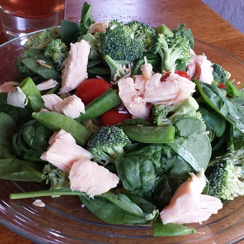 Lunch salad: chicken, spinach, broccoli, snap peas, tomatoes