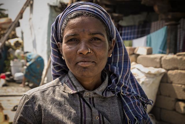 ANEGUNDI : TRAVAIL DE CONSTRUCTION AUSSI POUR LES FEMMES