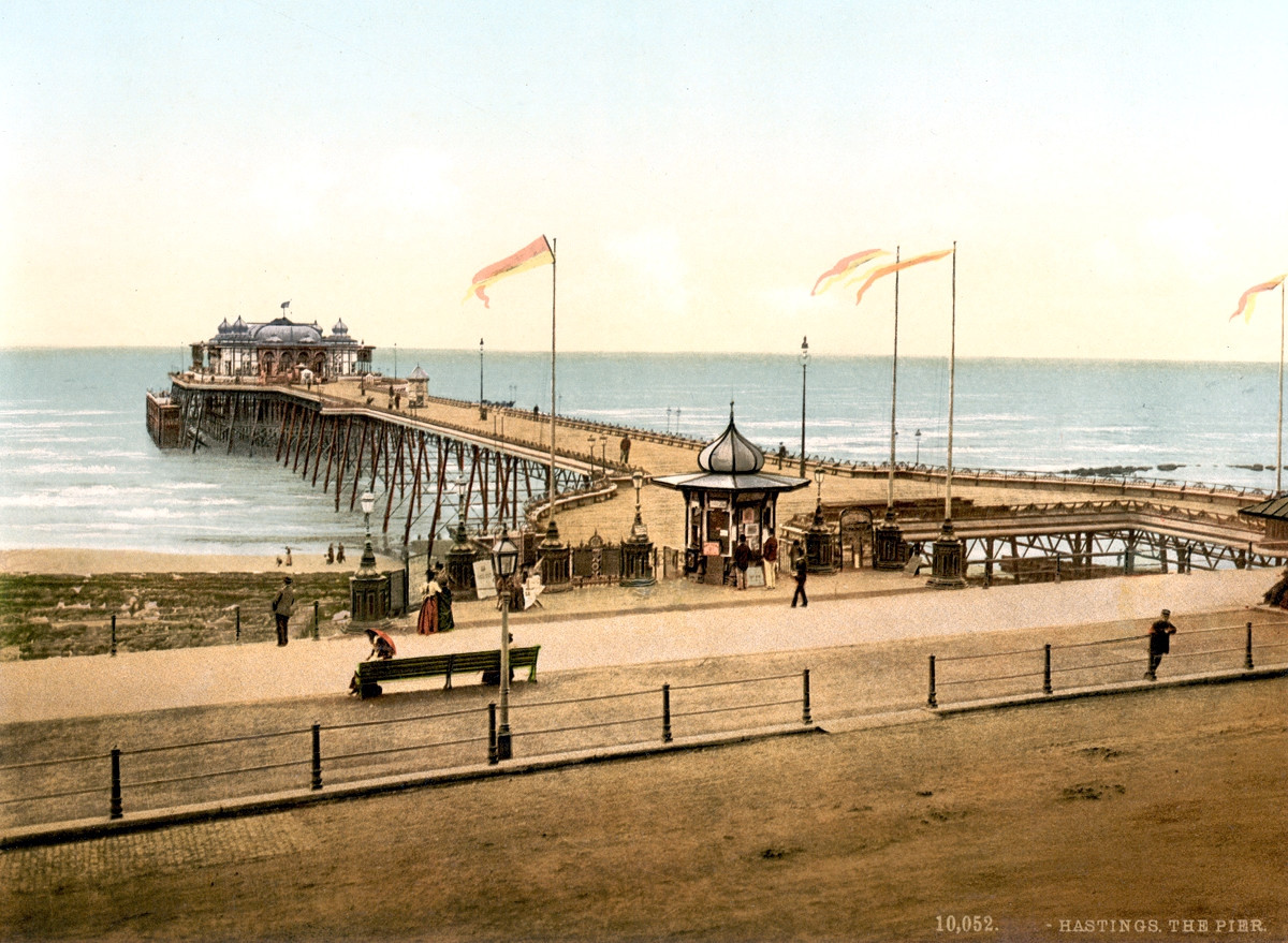 Hastings Pier, England, 1895