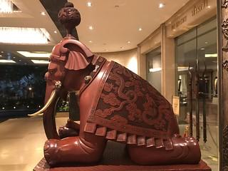 Shangri La Bangkok Elephant Guard
