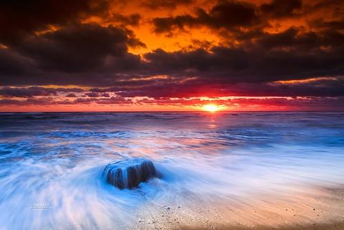 seascape orangeandblue capecodnationalseashore colorful blue red orange purple tranquility peace longexposure beach waves canon ocean sunrise capecod massachusetts usa sea sky