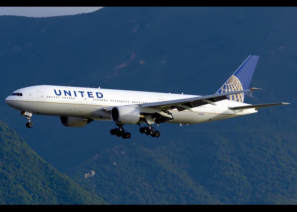 Boeing | 777-222/ER | United Airlines | N783UA | Hong Kong | HKG | VHHH