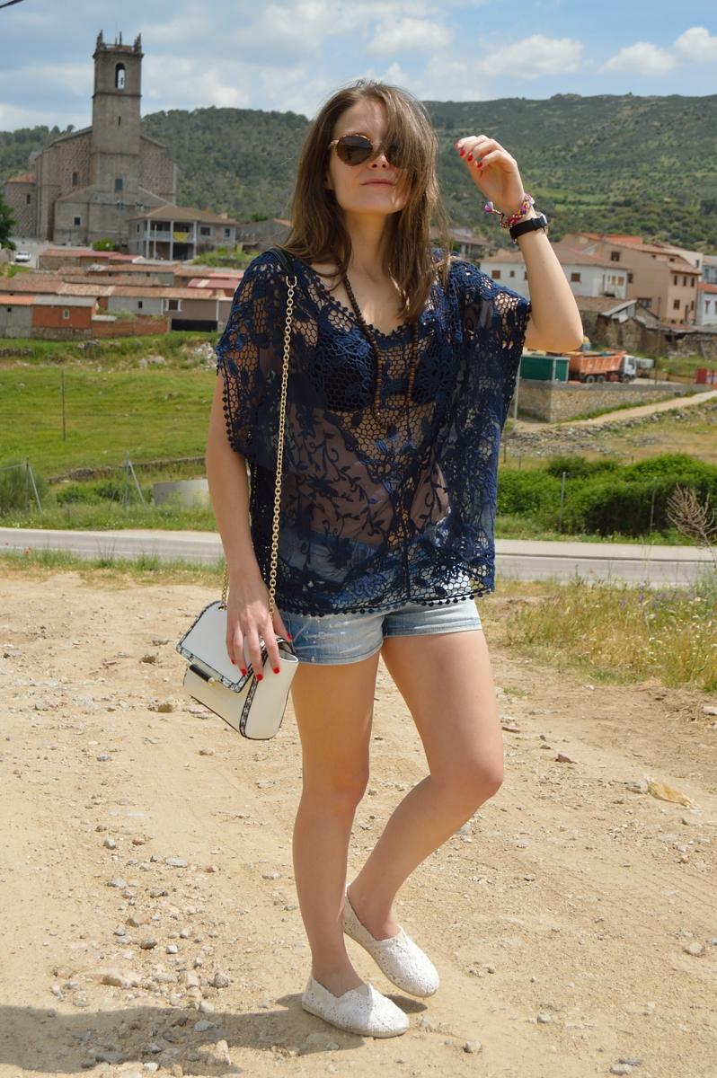 lara-vazquez-madlula-blog-lace-look-robledo