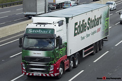 Volvo FH 6x2 Tractor with Biomass 3 Axle Walking Floor Trailer - PX11 BWD - H8503 - Taya Jayne - Eddie Stobart - M1 J10 Luton - Steven Gray - IMG_9699