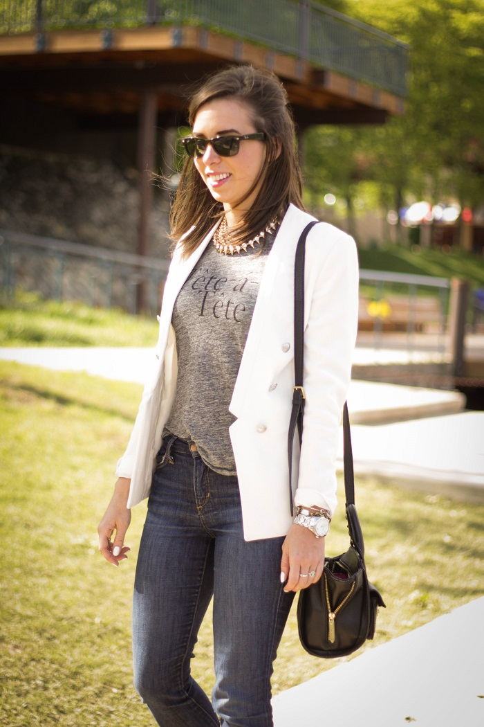 va darling. dc blogger. virginia personal style blogger. white blazer. joes jeans. black booties. graphic tee. layered gold necklace. rayban wayfarer. casual style 6
