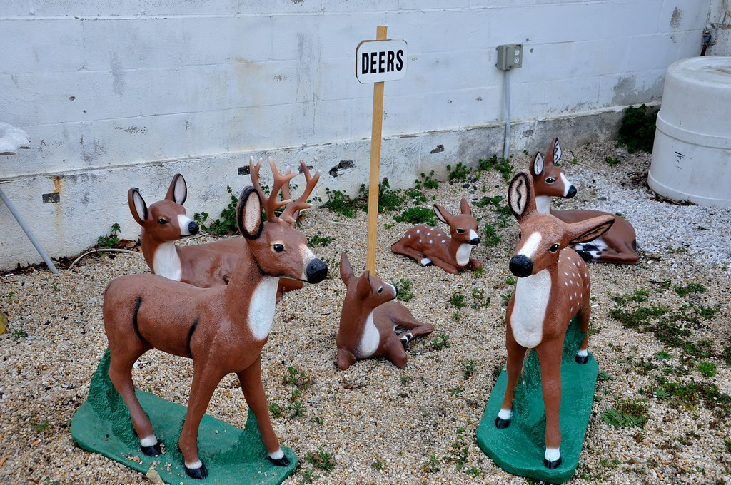 Deer Lawn Ornaments - Pat's Concrete Products - White Marsh, MD - STILL OPEN! 2016!