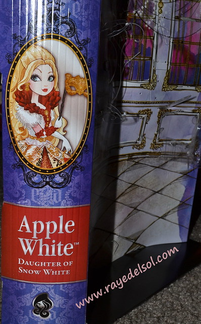 Thronecoming Apple White
