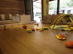 遊戲與繪本區@大直親子餐廳 Moooon Spring Cafe & Play