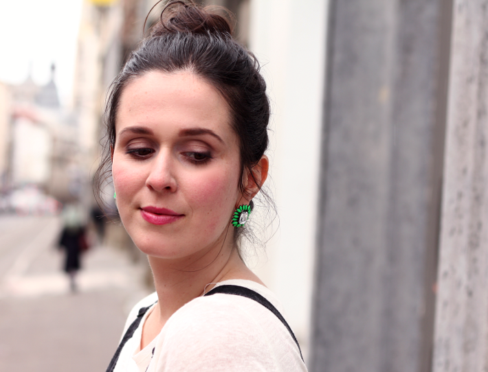 statement earrings green oasap