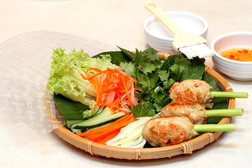 JEM Food Trail: So Pho's self-wrap rolls