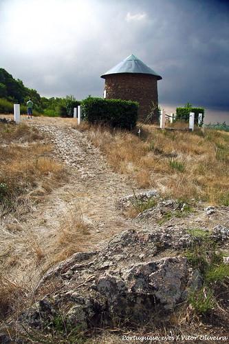 Penedos de Crauford e Moinho de Sula - Portugal