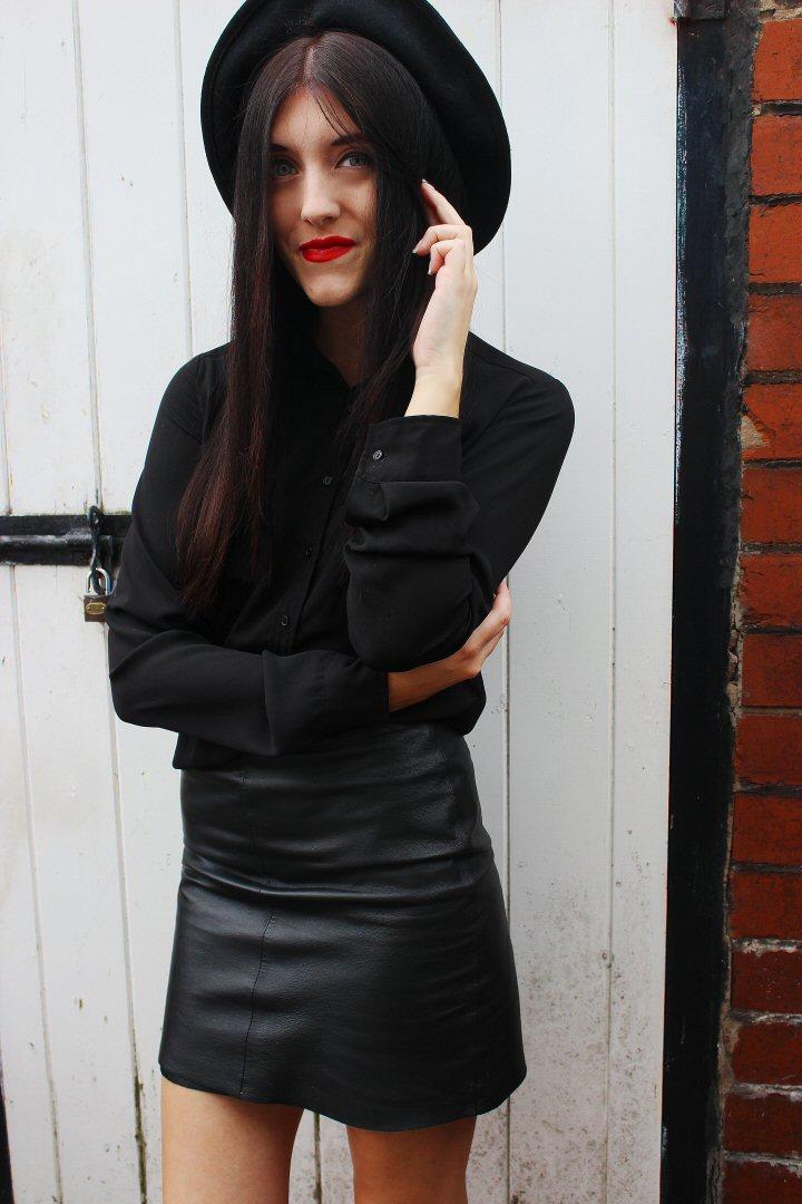 leatherblog1