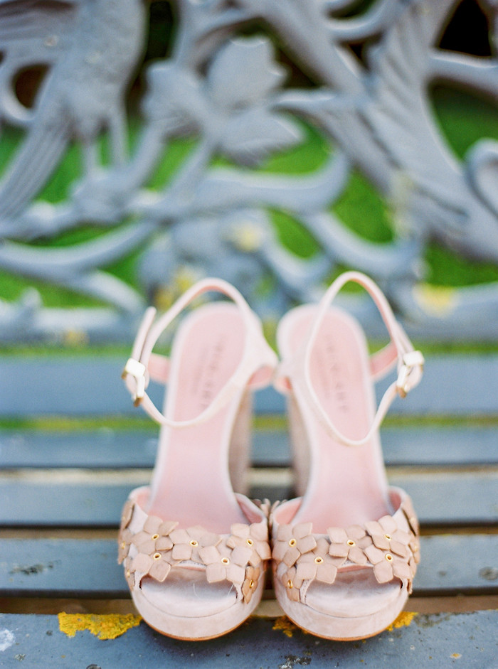 Bridal shoes for a wedding in Portugal