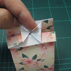 การพับกระดาษเป้นถุงของขวัญแบบไม่ใช้กาว (Origami Gift Bag) 014