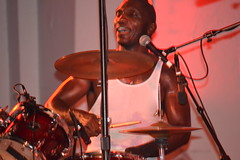 049 Cedric Burnside