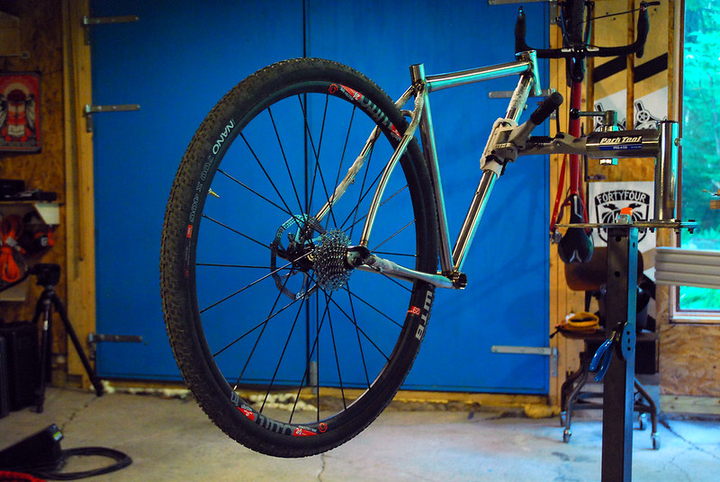 """Room for 40mm tires in """"attack"""" mode"""