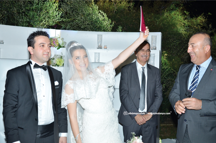 Fahri Gürses, Ayşe Aras, Mevlüt Çavuşoğlu