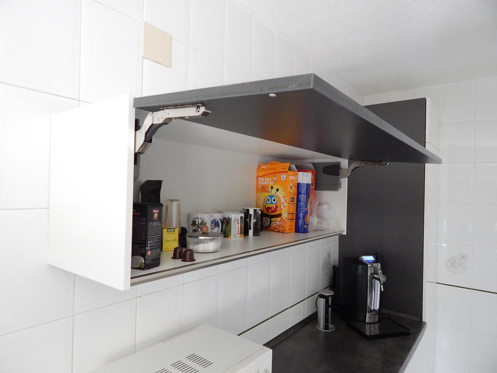 Muebles de cocina modelo lasser for Muebles abatibles