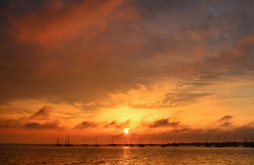 morning sky cloud sun color reflection water weather sailboat marina sunrise way dawn boat early haze marine skies nuvola nj reflect maritime cielo nautical hazy nuvem nube sunup wolk raritan raritanbay cliffwoodbeach pilv