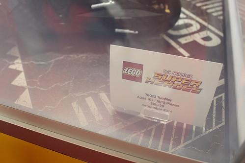 LEGO DC Comics Super Heroes UCS Tumbler (76023)