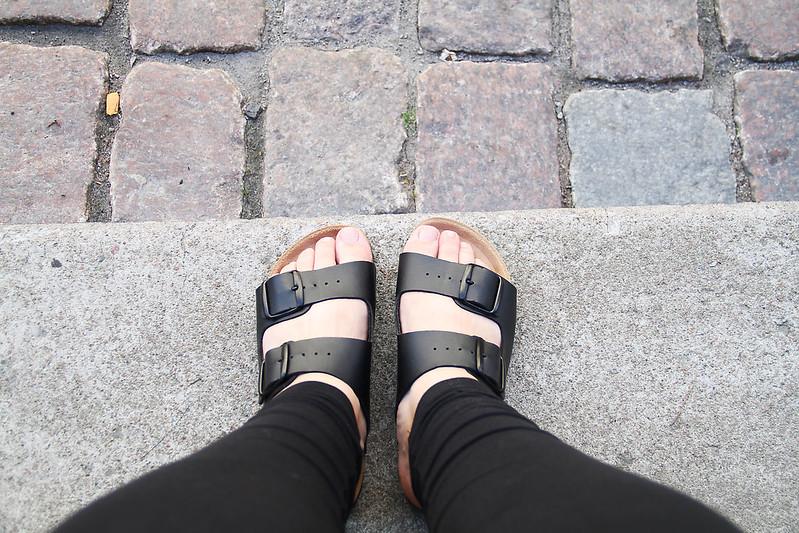 nya skor, lunch på helsa på och kräftor