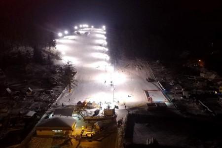SNOW tour 2016/17: Peklák - kopec ve městě