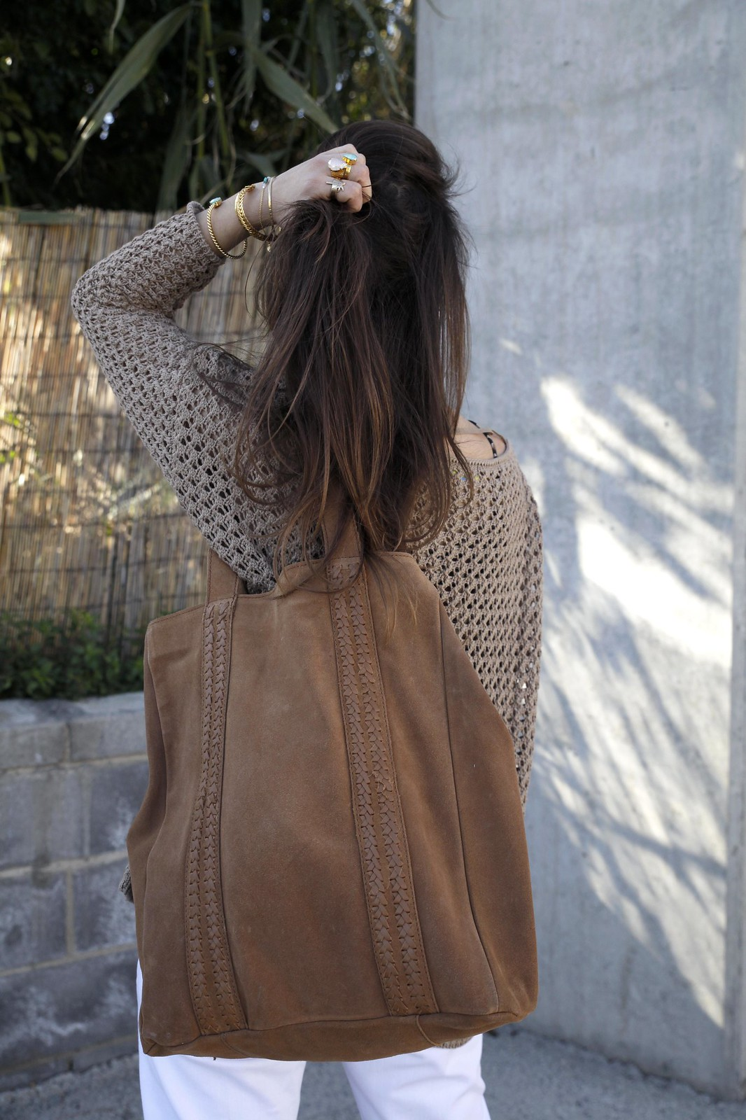 017_SPRING_NEUTRAL_OUTFIT_STREET_STYLE_FASHION_BLOGGER_INFLUENCER_BARCELONA_THEGUESTGIRL