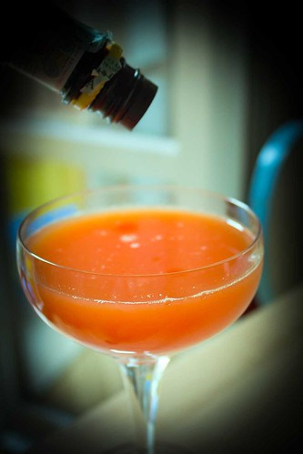 Screwdriver cocktail con Angostura, scuola di bartender, grandi cocktail IBA