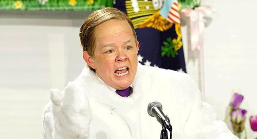 Melissa McCarthy Brings Sean Spicer Back To His Roots As The Easter Bunny For 'SNL'