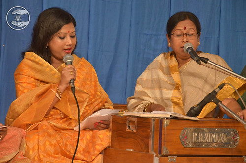 Devotional song by Soma and Saathi from Siliguri, West Bengal