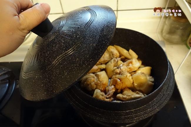 Kitchen Art 韓式輕量砂鍋 (16).JPG