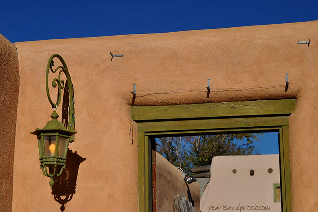 taos_doorway_web