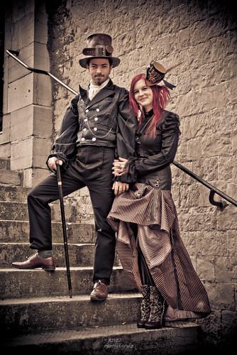 couple steampunk