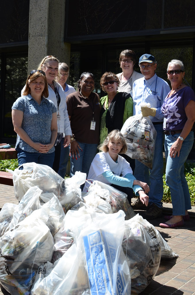 group collecting trash at Tawes Garden