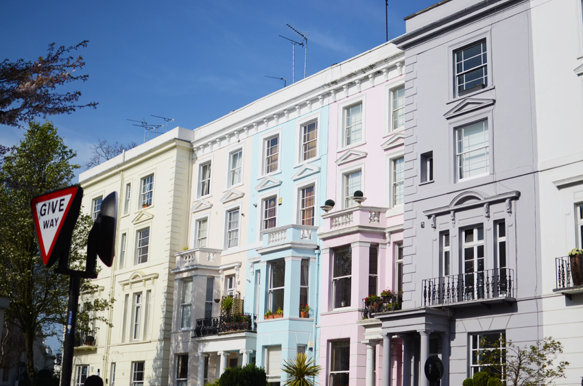 portobello colurful houses a