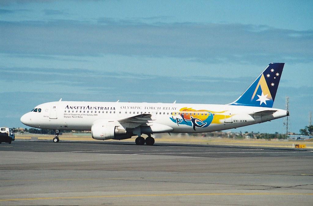 A320-200  VH-HYN